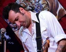 Esta semana Miguel Talavera estará actuando con WHITE LINE FEVER ..